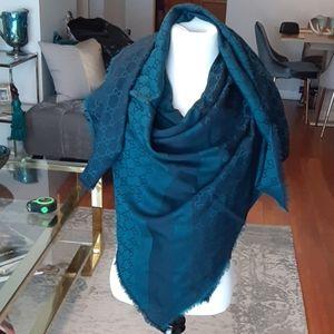 Gucci authentic square scarf shawl wrap